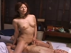 Japanese mom tries to softly masturbate
